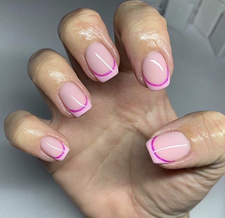 Classic French and three pink colors short nails