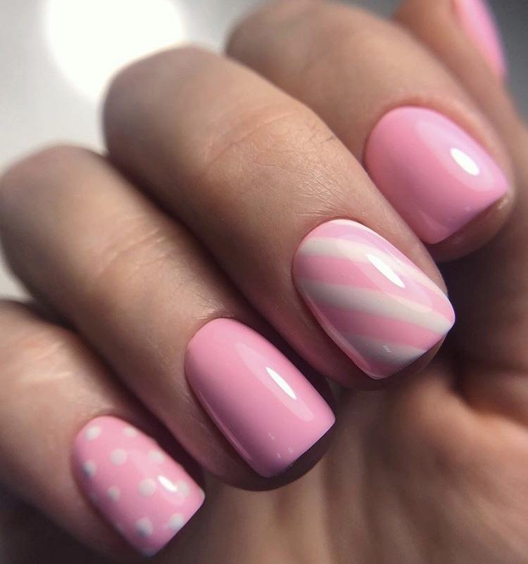 Classic Short Pink Nails