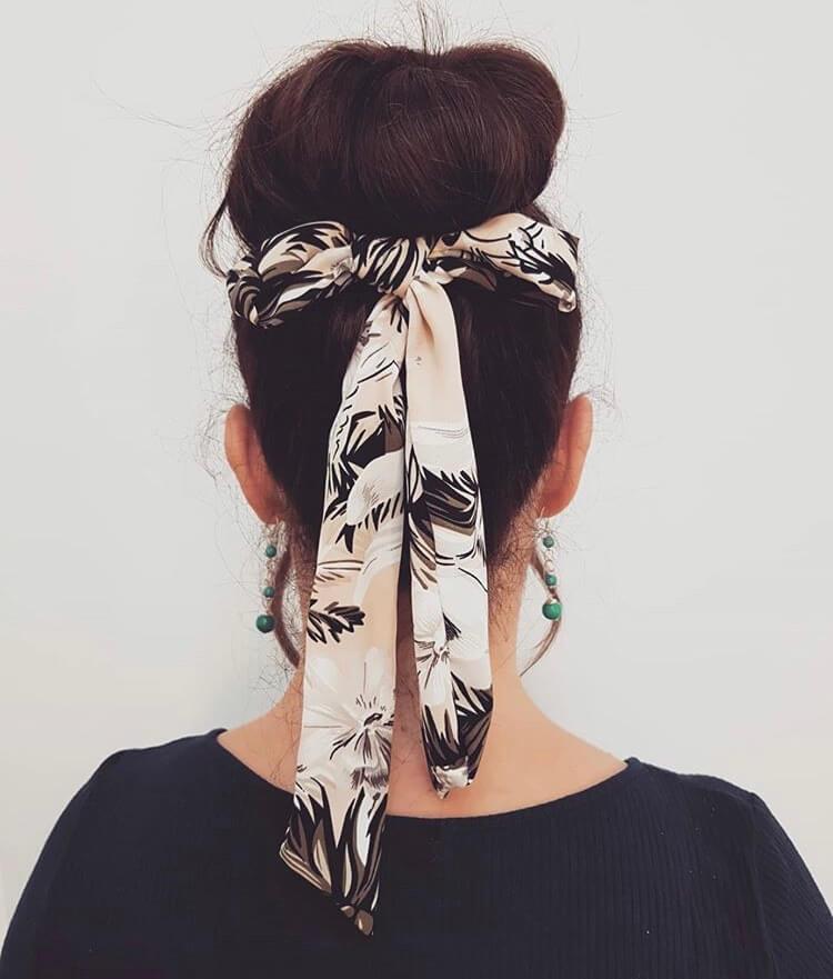 bandana with hair