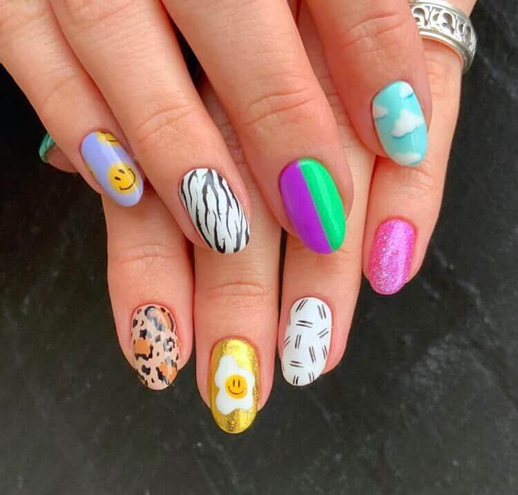 Colorful nails design