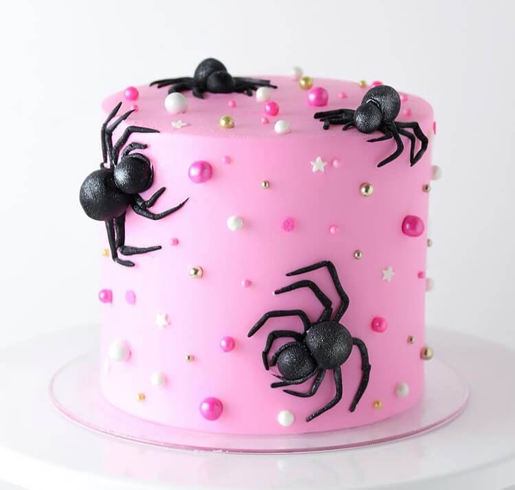 Cute And Cool Halloween Cake Ideas