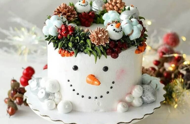 Awesome Christmas Cake Designs in 2020