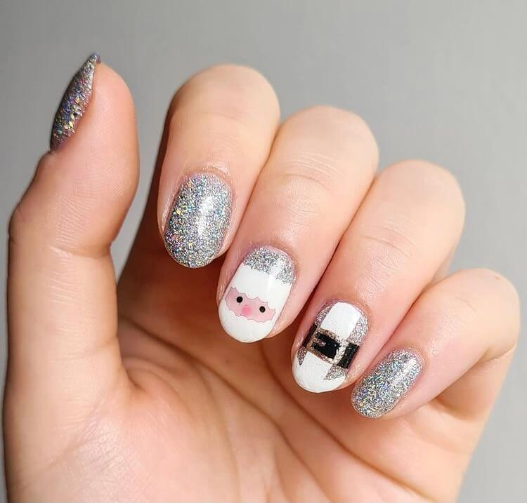 If you are looking for short Christmas nail designs for 2020, you can't miss these ideas, they will inspire you to get the best holiday nail designs of the year. #Christmasnails
