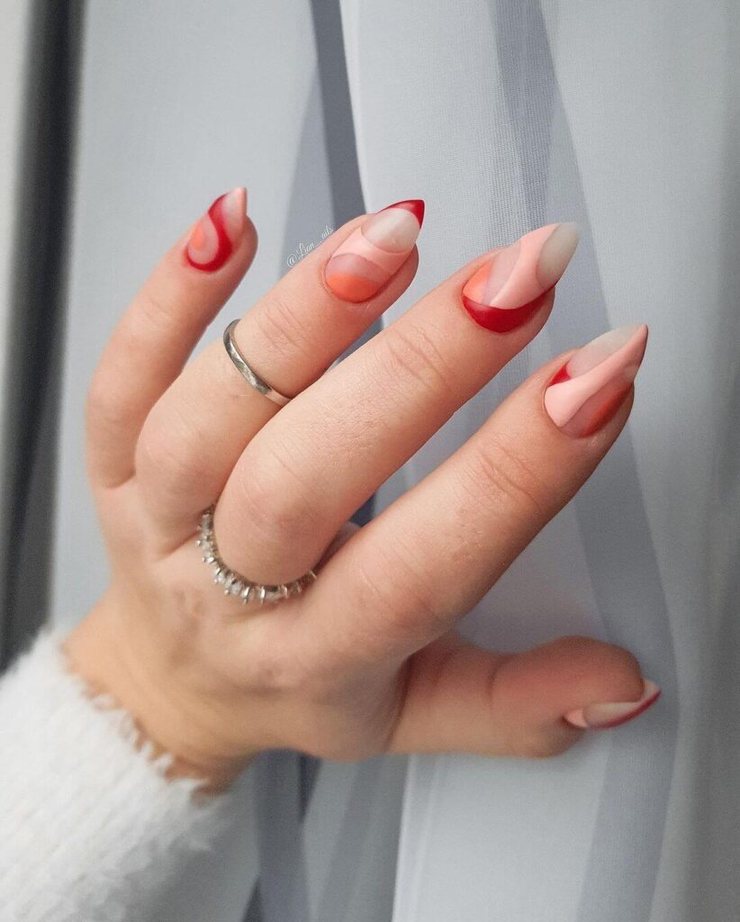 Creative minimalist Valentine's Day nails