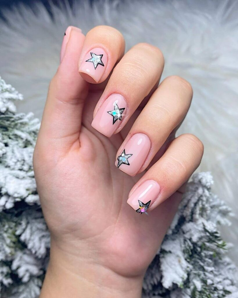 Short shiny stars valentine nails