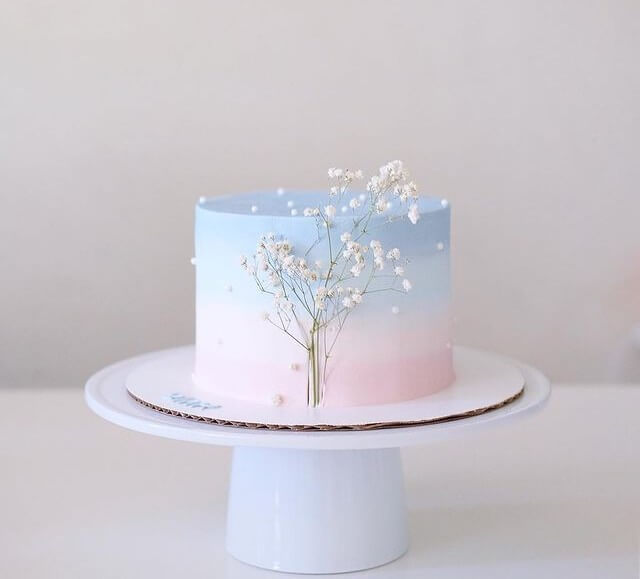 Two-tone wedding cake