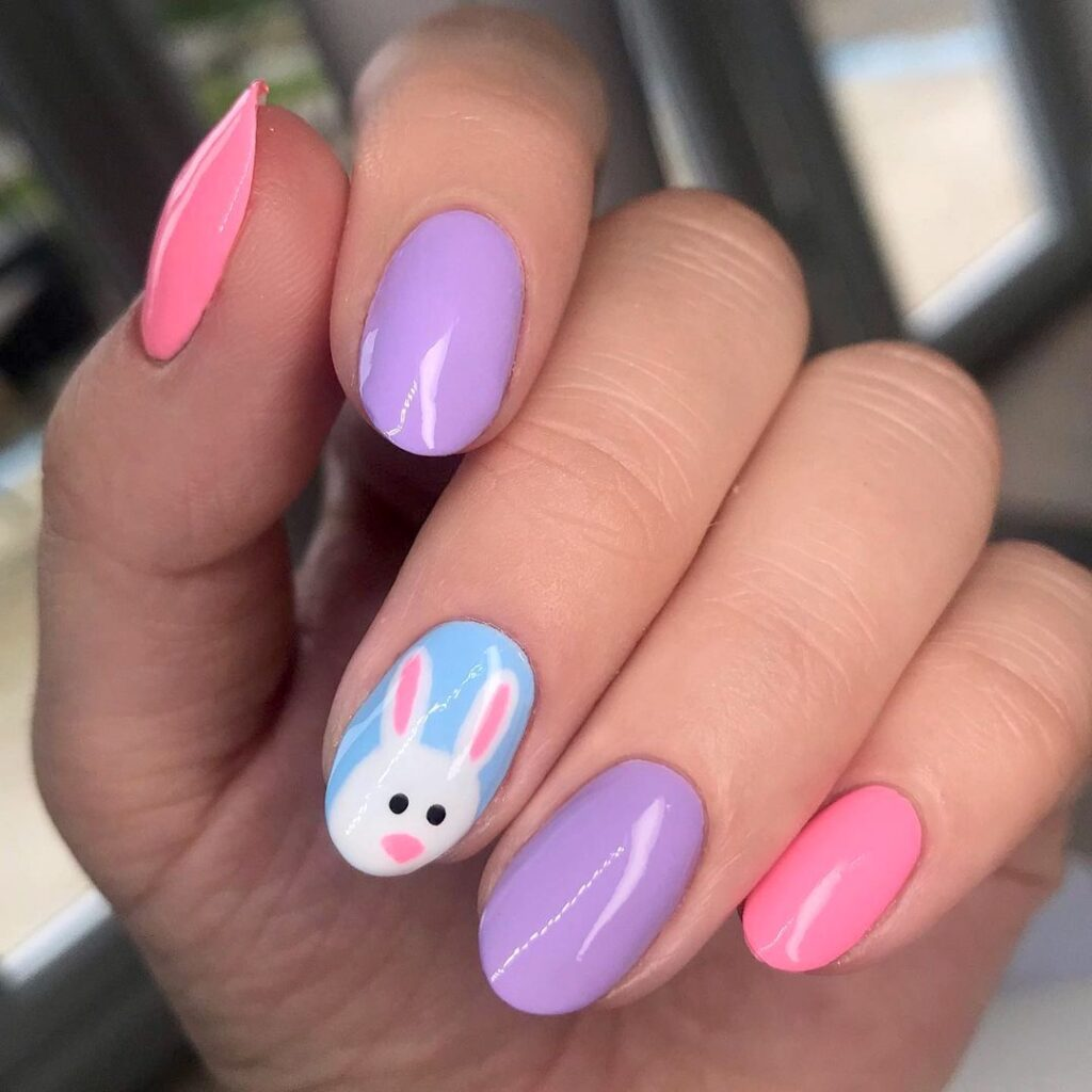 Bunny accent nail