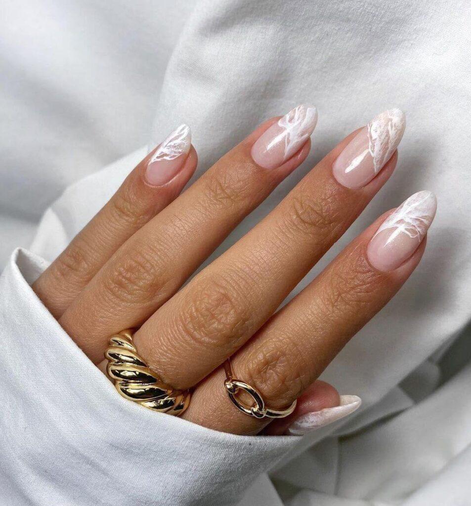 Elegant white French nail