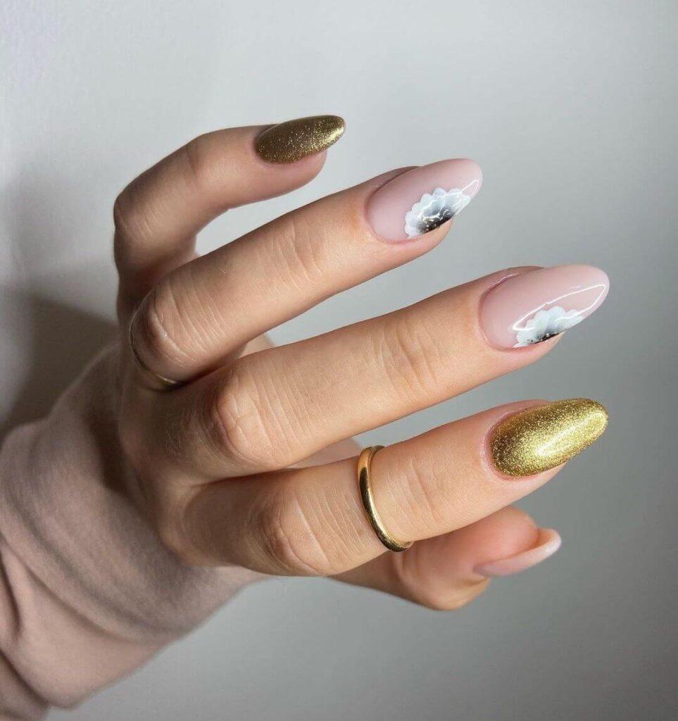 Golden Minimalist Flower Nails