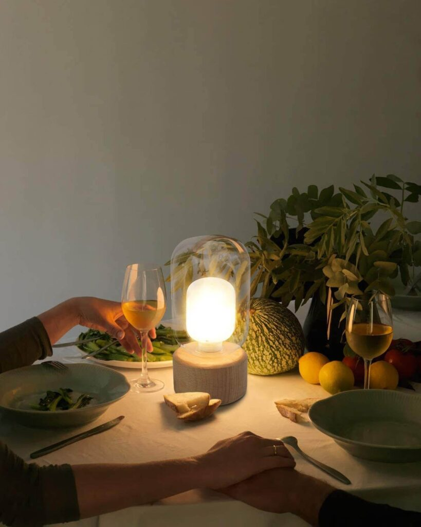 Modern small table lamp