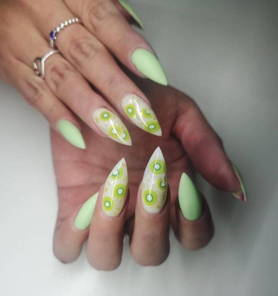 Unique green
