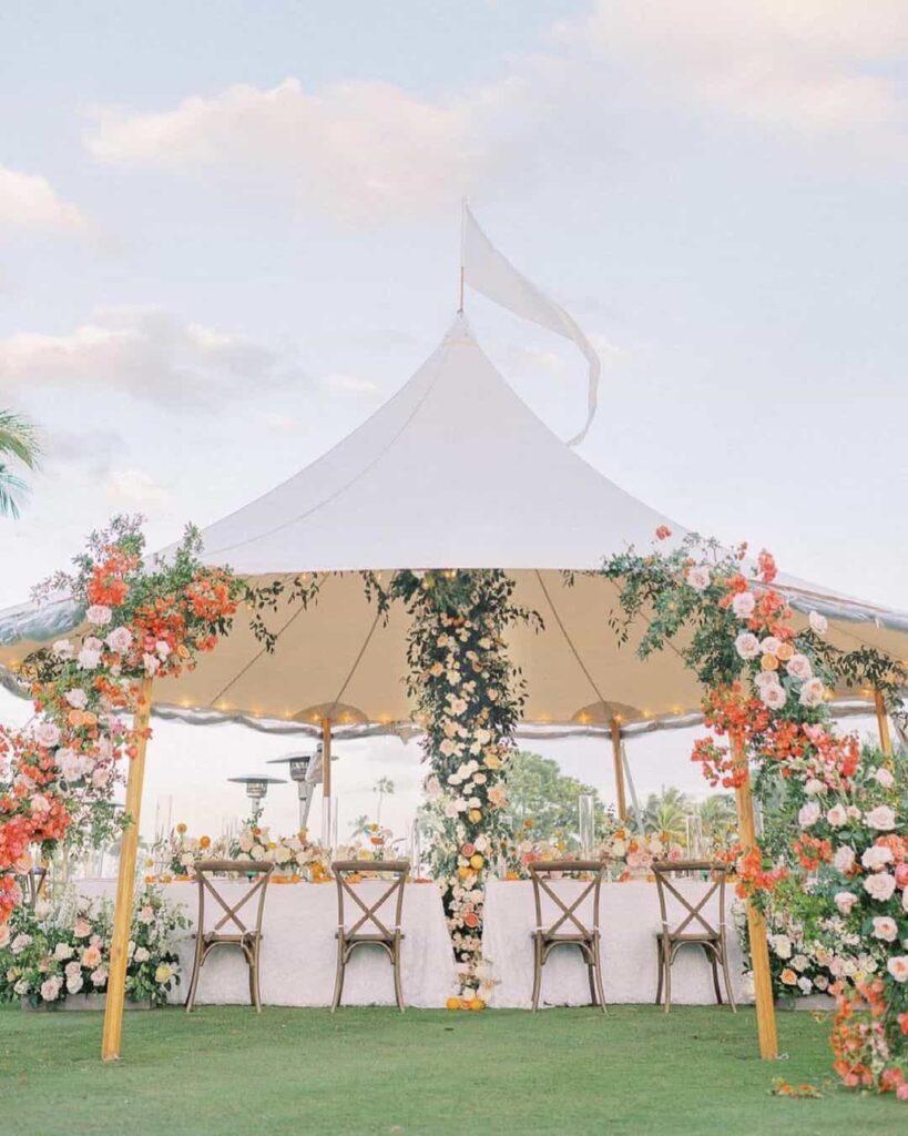 Charming tent