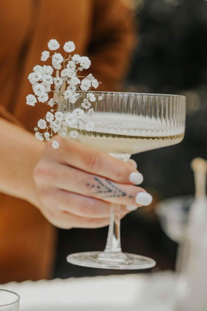 Cocktail glass decoration