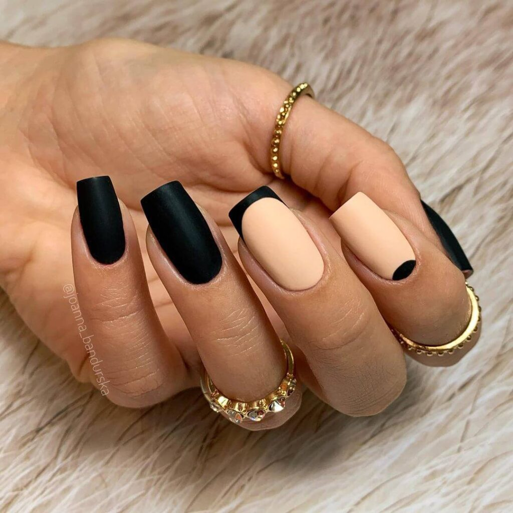 Black square nails