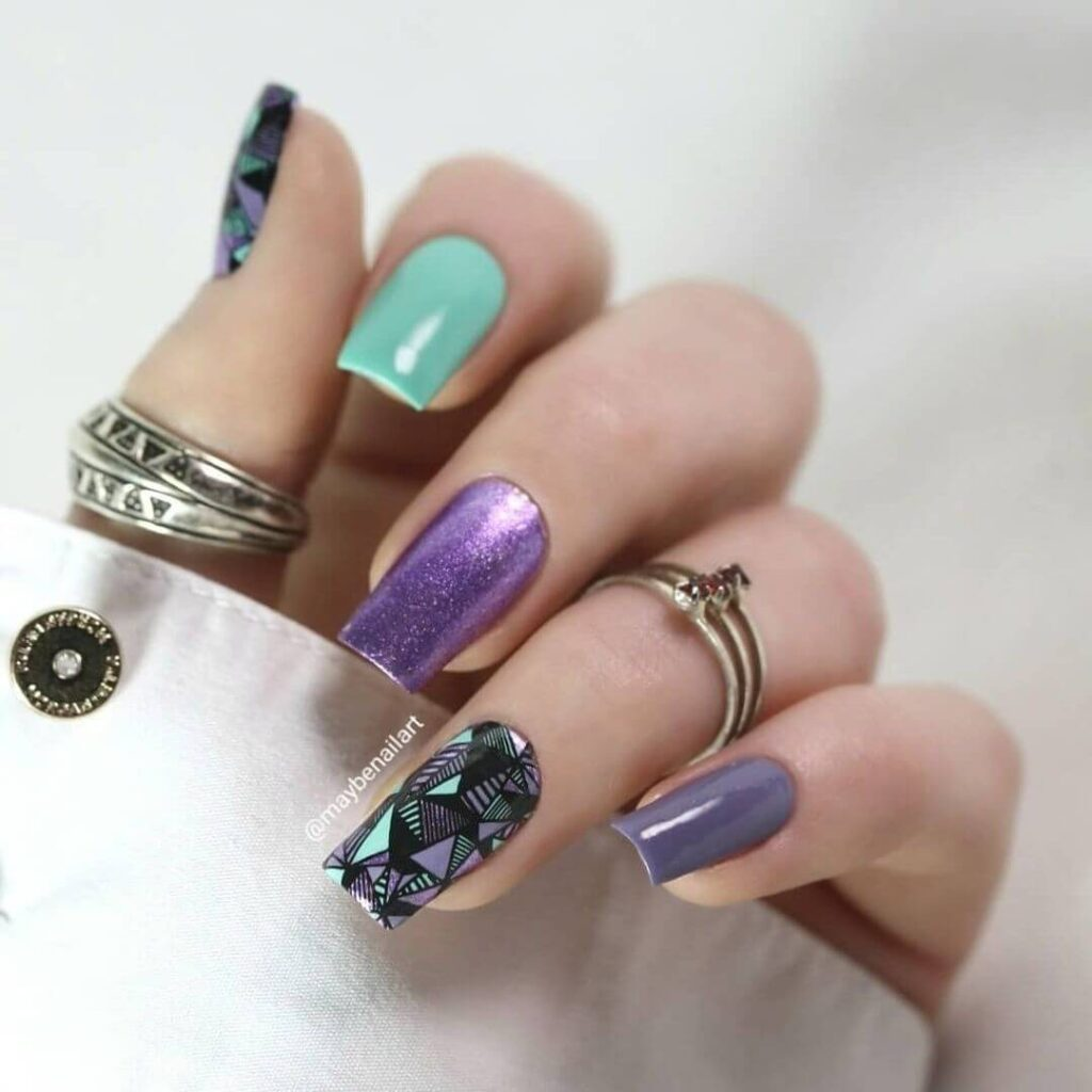 Geometric square nails