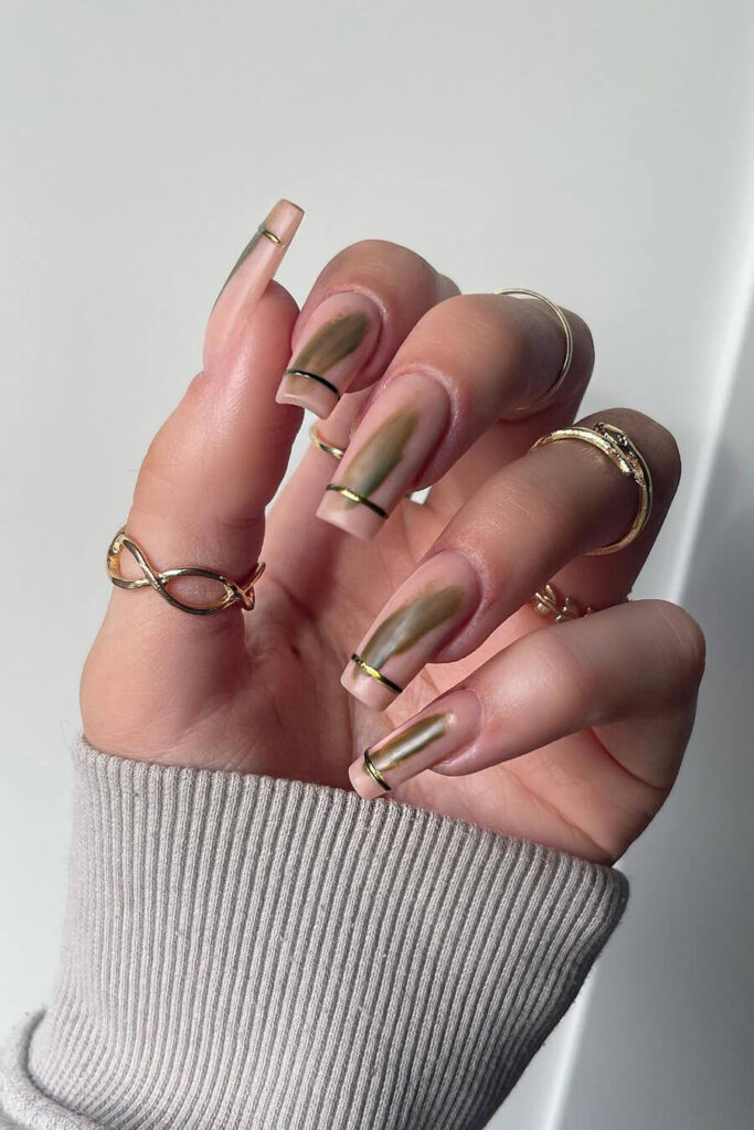 Eye-catching square long nails