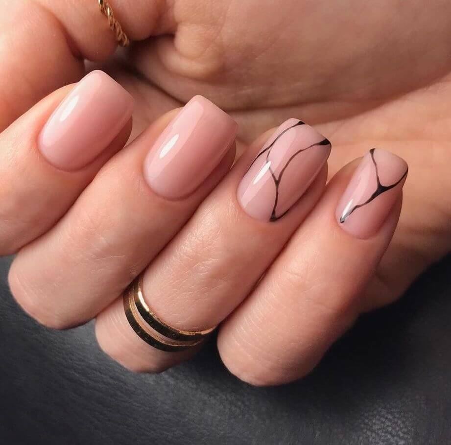 Minimalist square nails