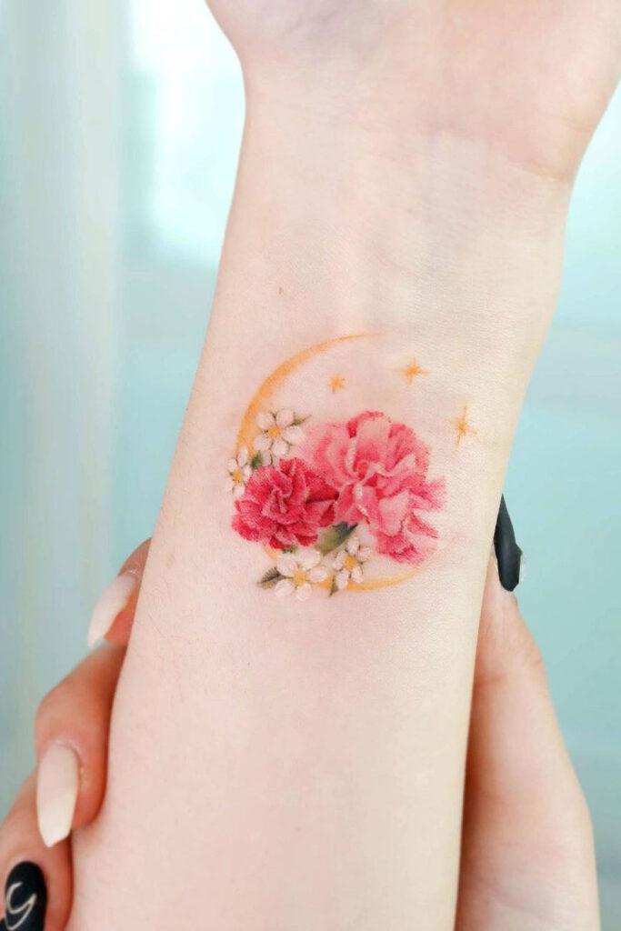 Exquisite wrist tattoos
