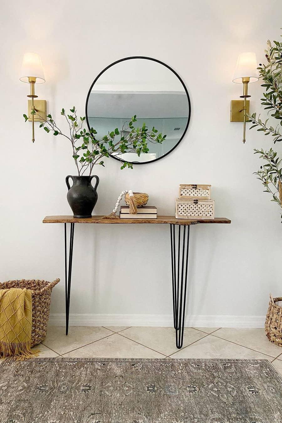 Lightweight decor