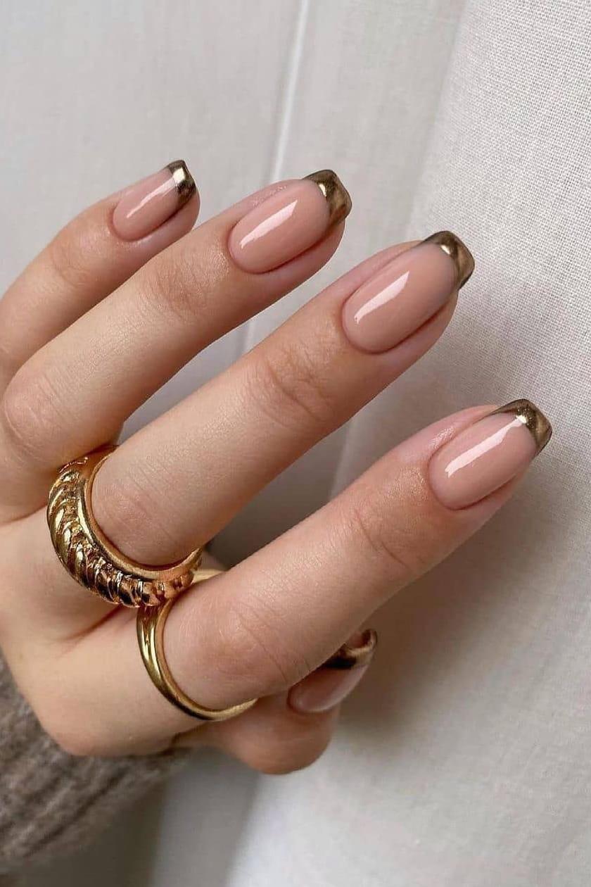 Elegant summer nails