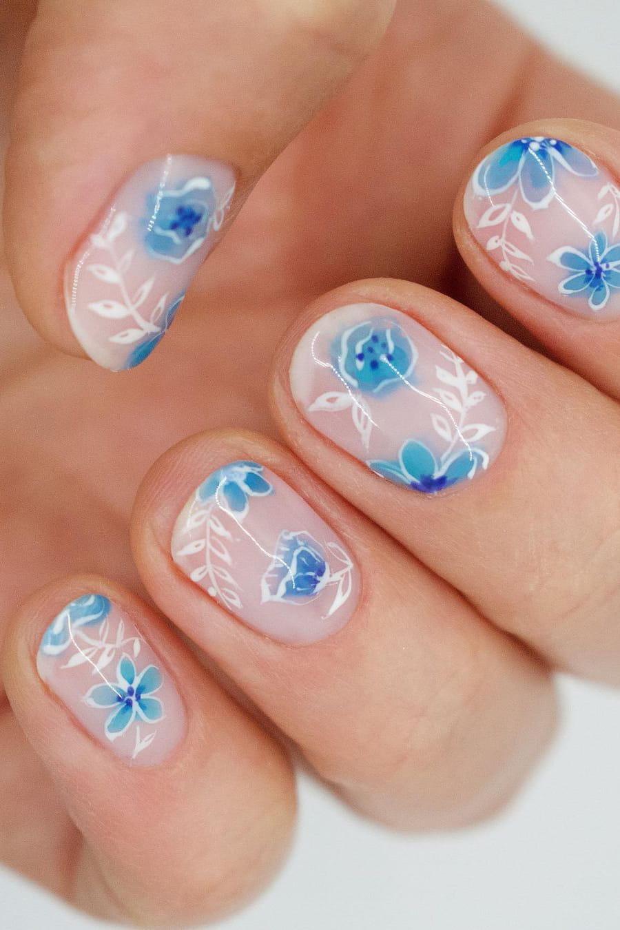 Floral summer short nails