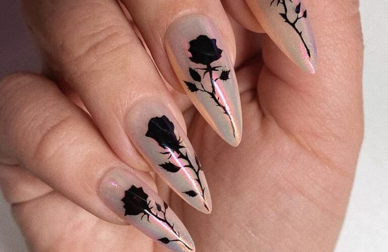 30 Amazing Nail Ideas to Wear This Summer