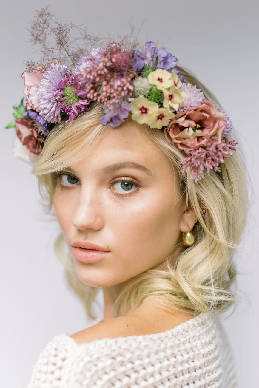 Summer wedding hairstyle with wreath
