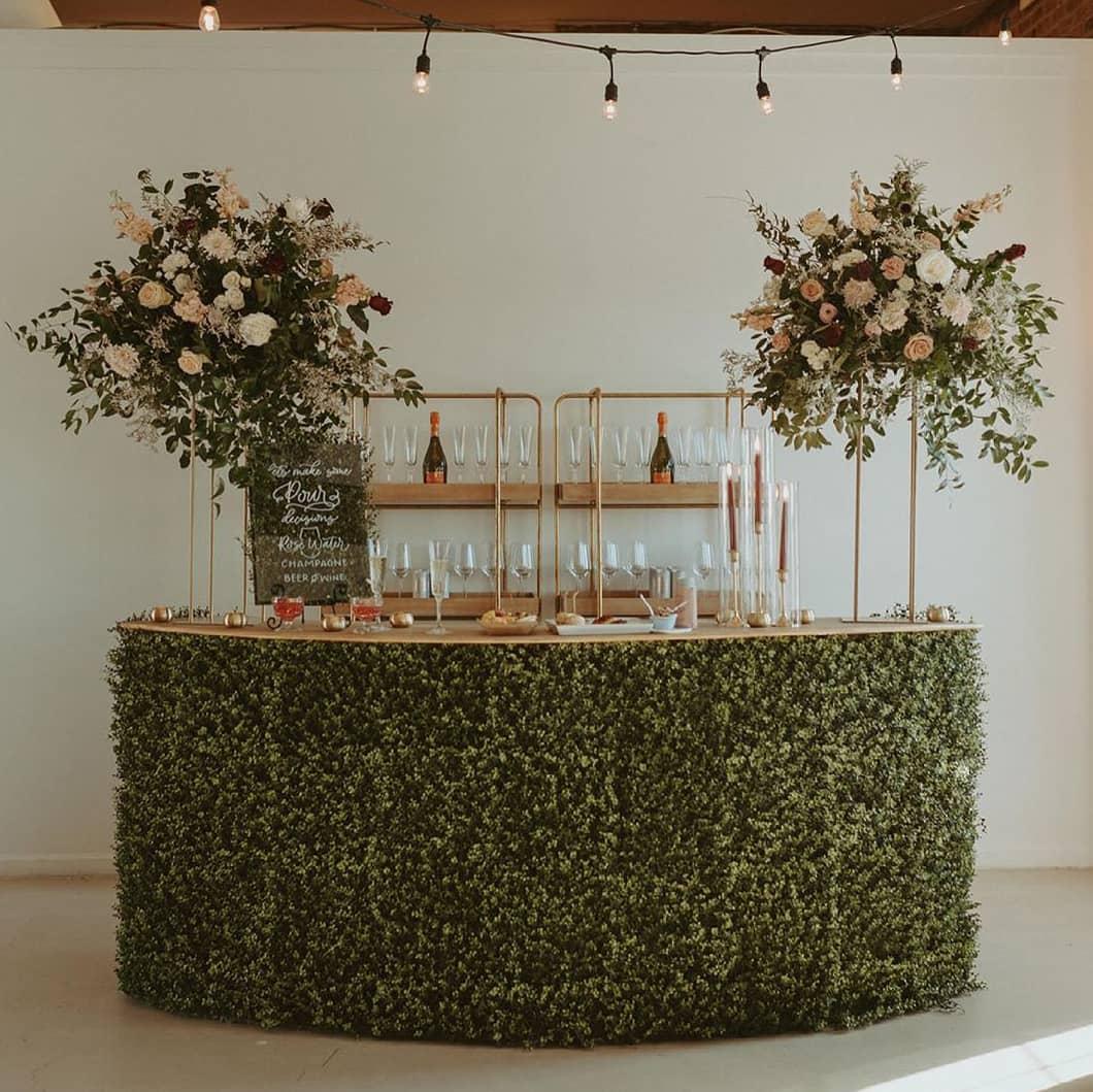 Green Plant Bar