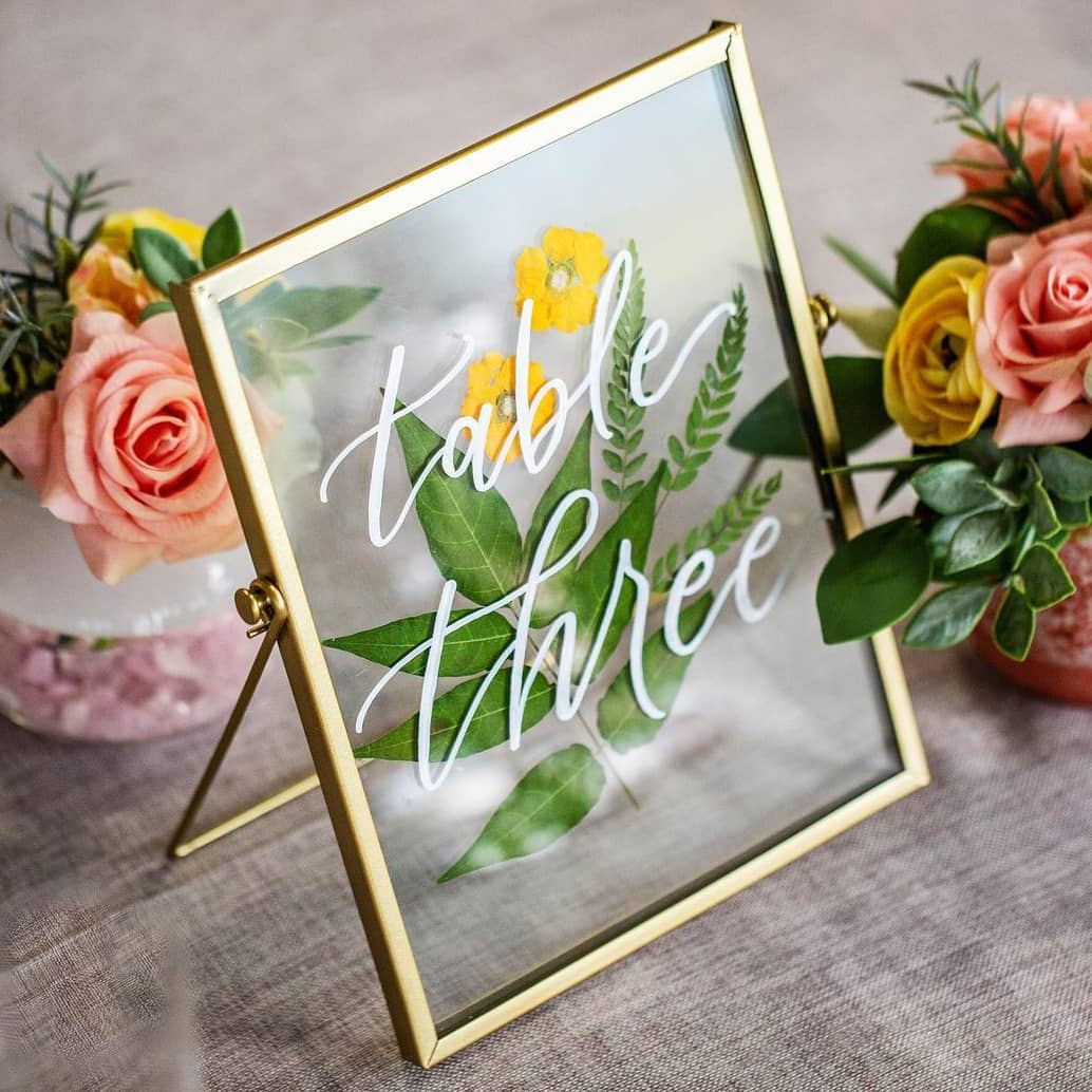 Flower table number