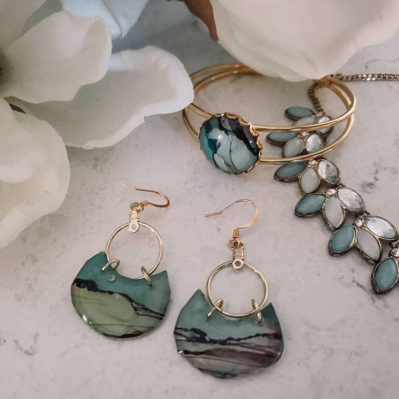 Summer wedding jewelry