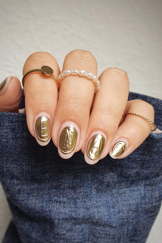 Unique chrome nails
