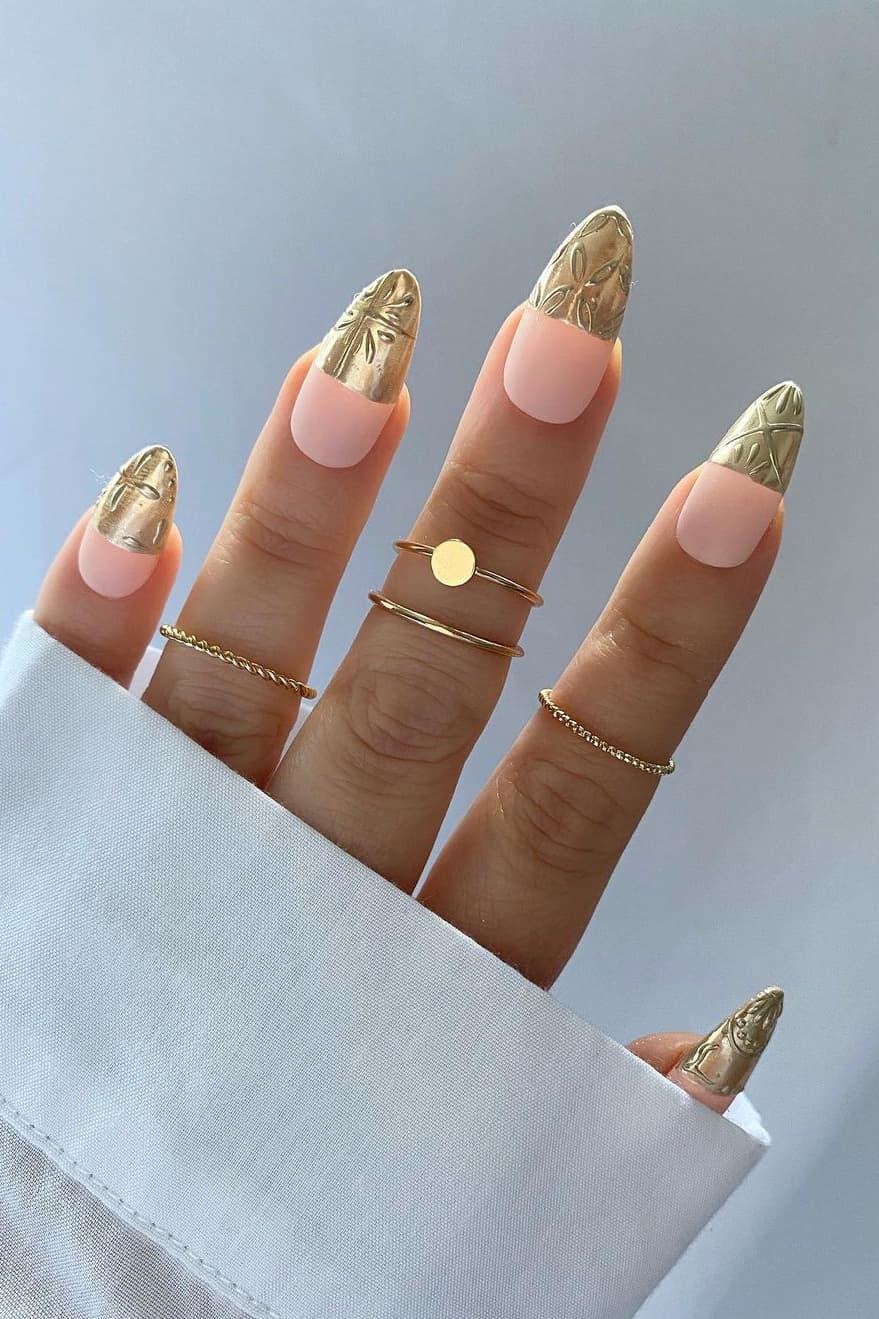 Tile tip chrome nails
