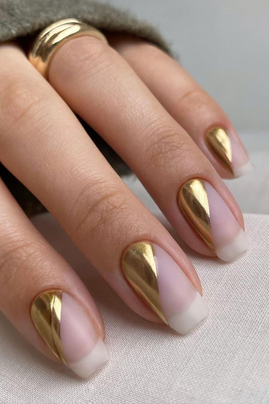 Simple but elegant chrome nails