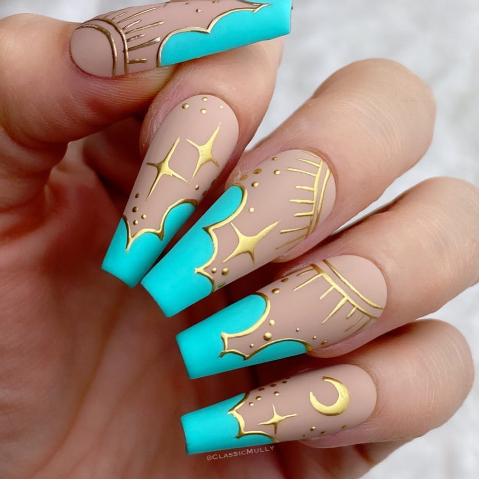 Mint chrome nails
