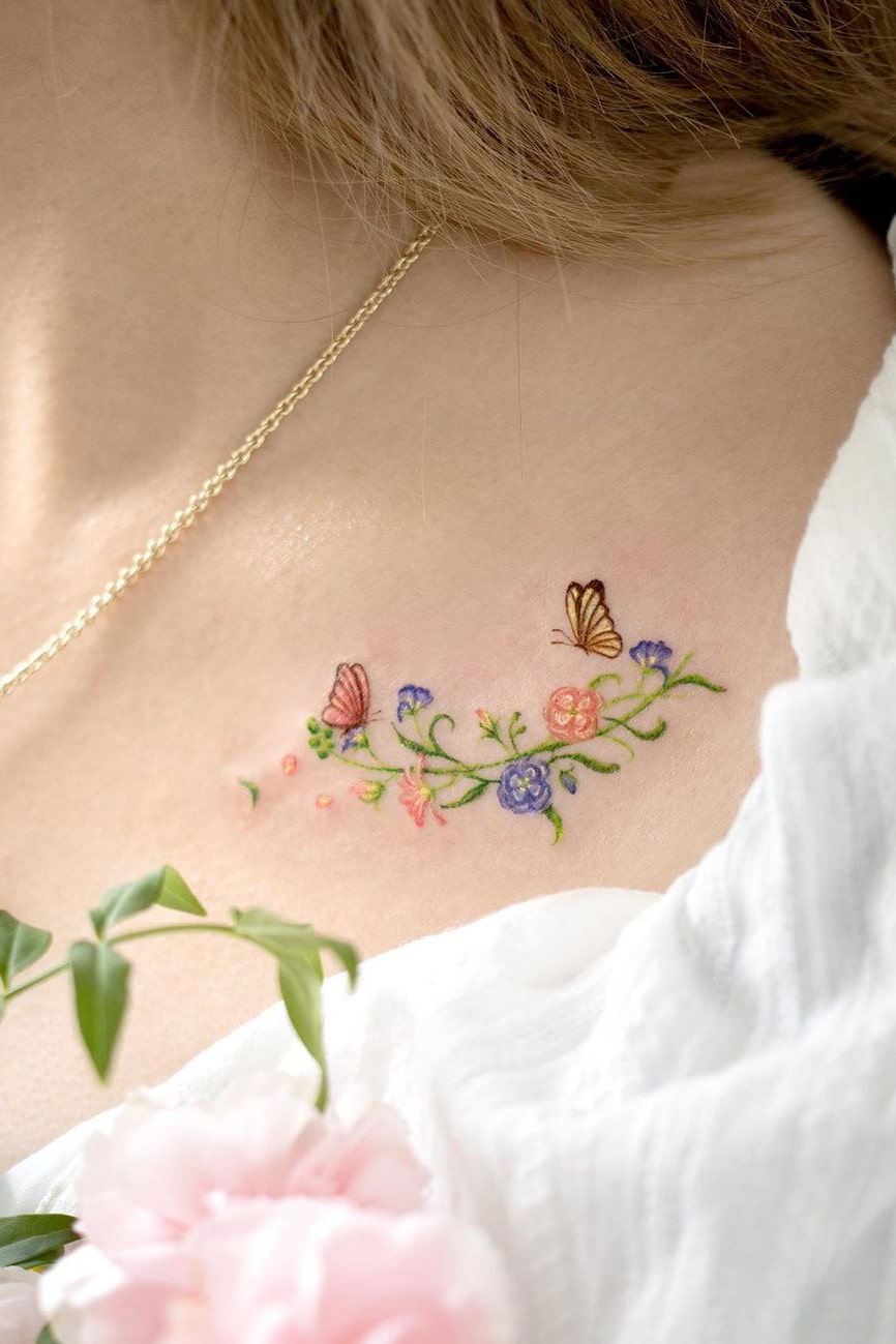 Cute collarbone tattoo