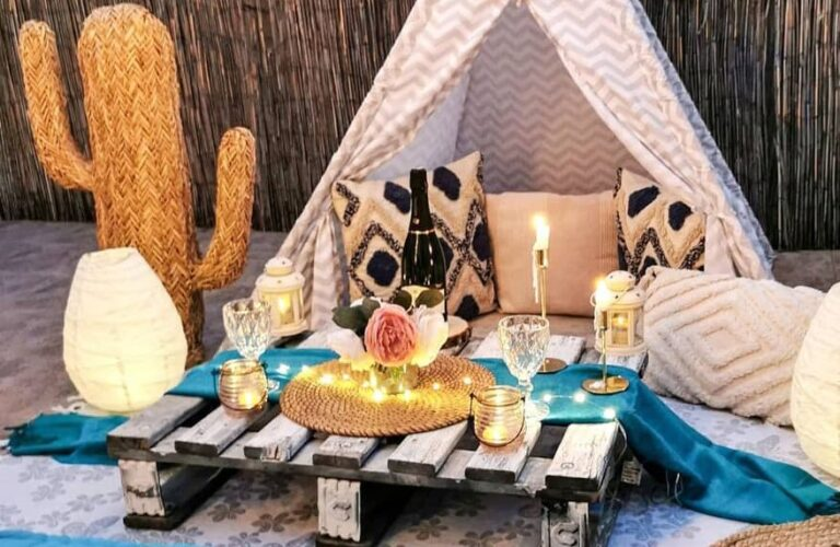 37 Pretty Outdoor Decor Ideas for Backyards and Patios