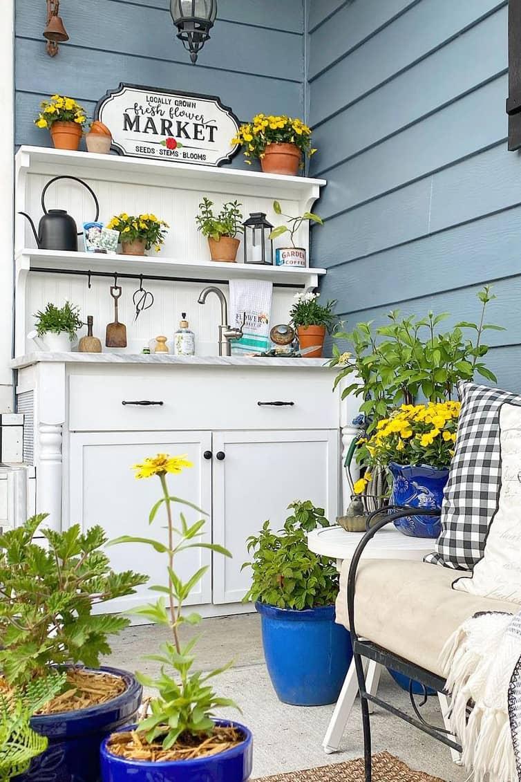 Gardener decoration