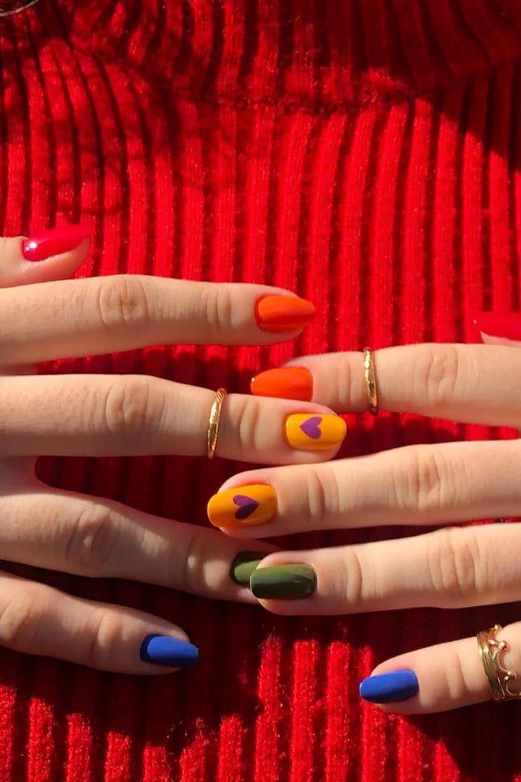 Simple rainbow nails