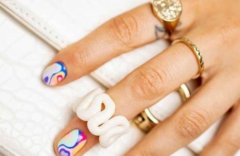 32 Attractive Rainbow Nail Designs