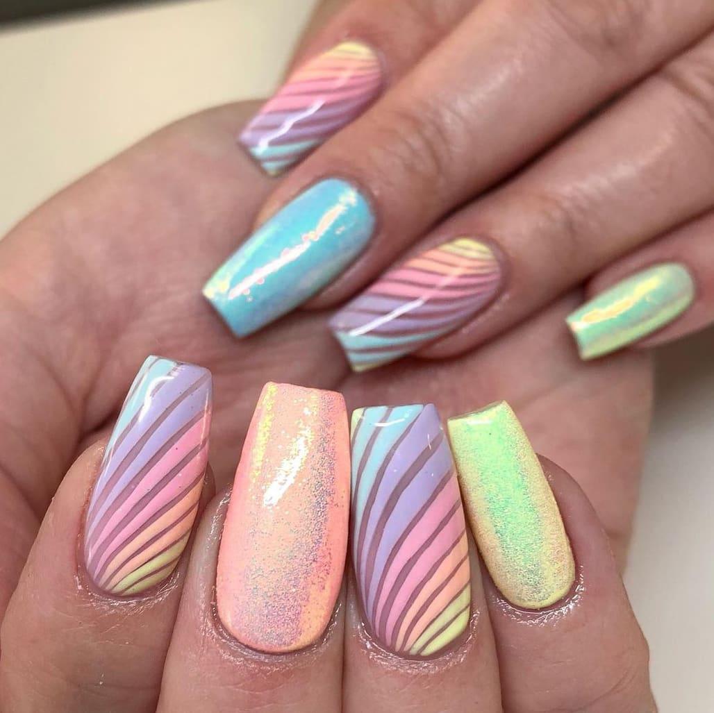 Line rainbow nails