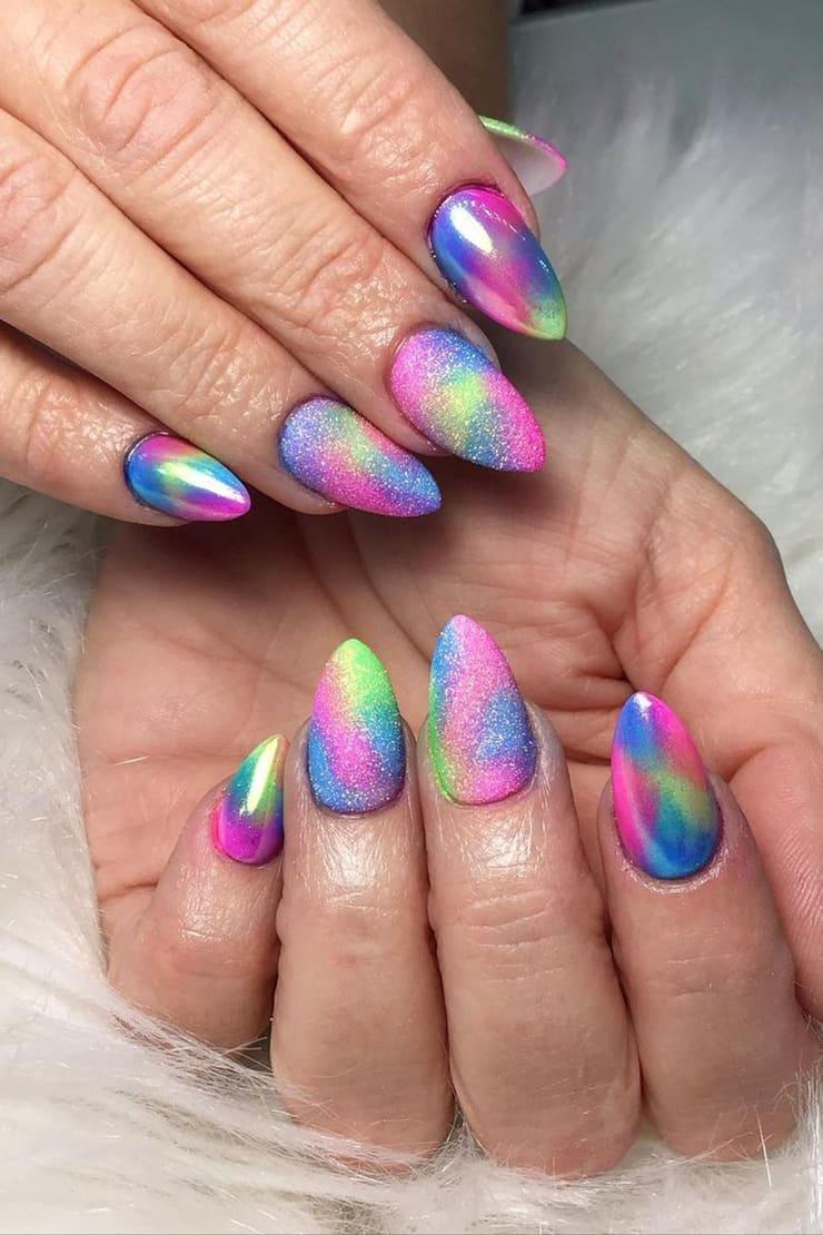 Sparkling rainbow nails