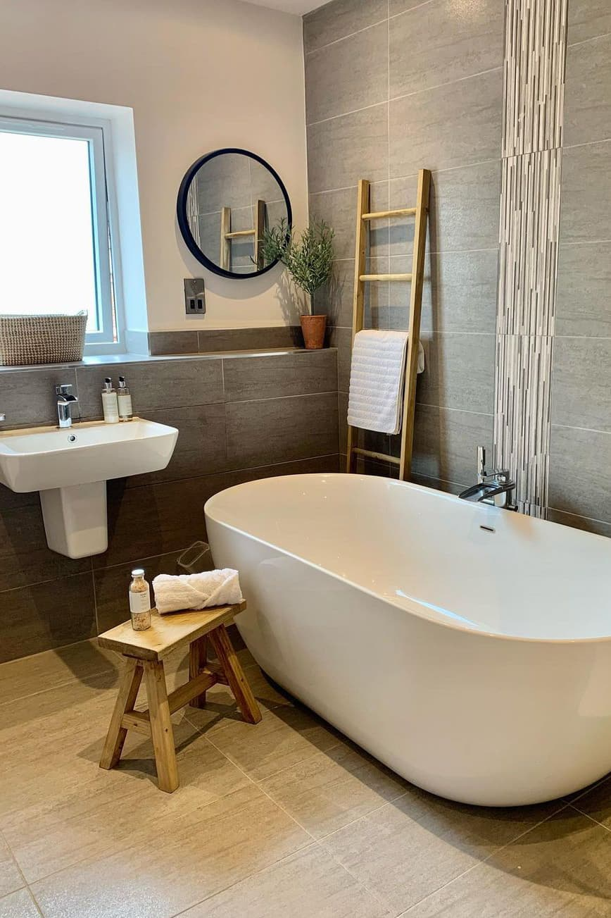 Bathing area decoration