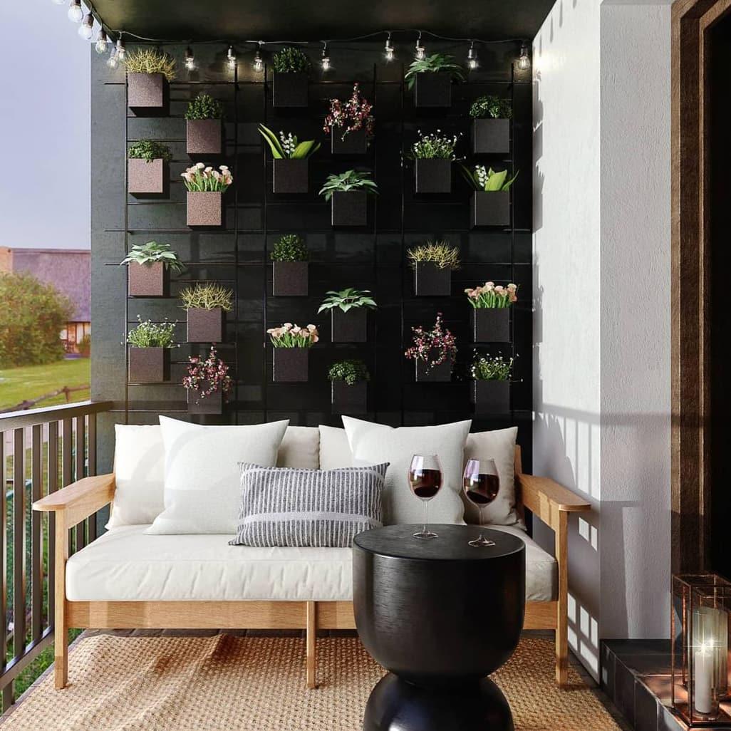 Black small balcony background wall