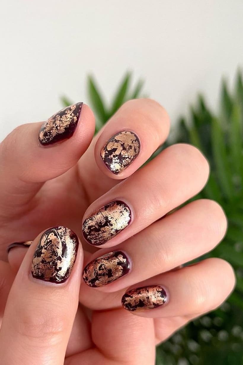 Golden oval nails