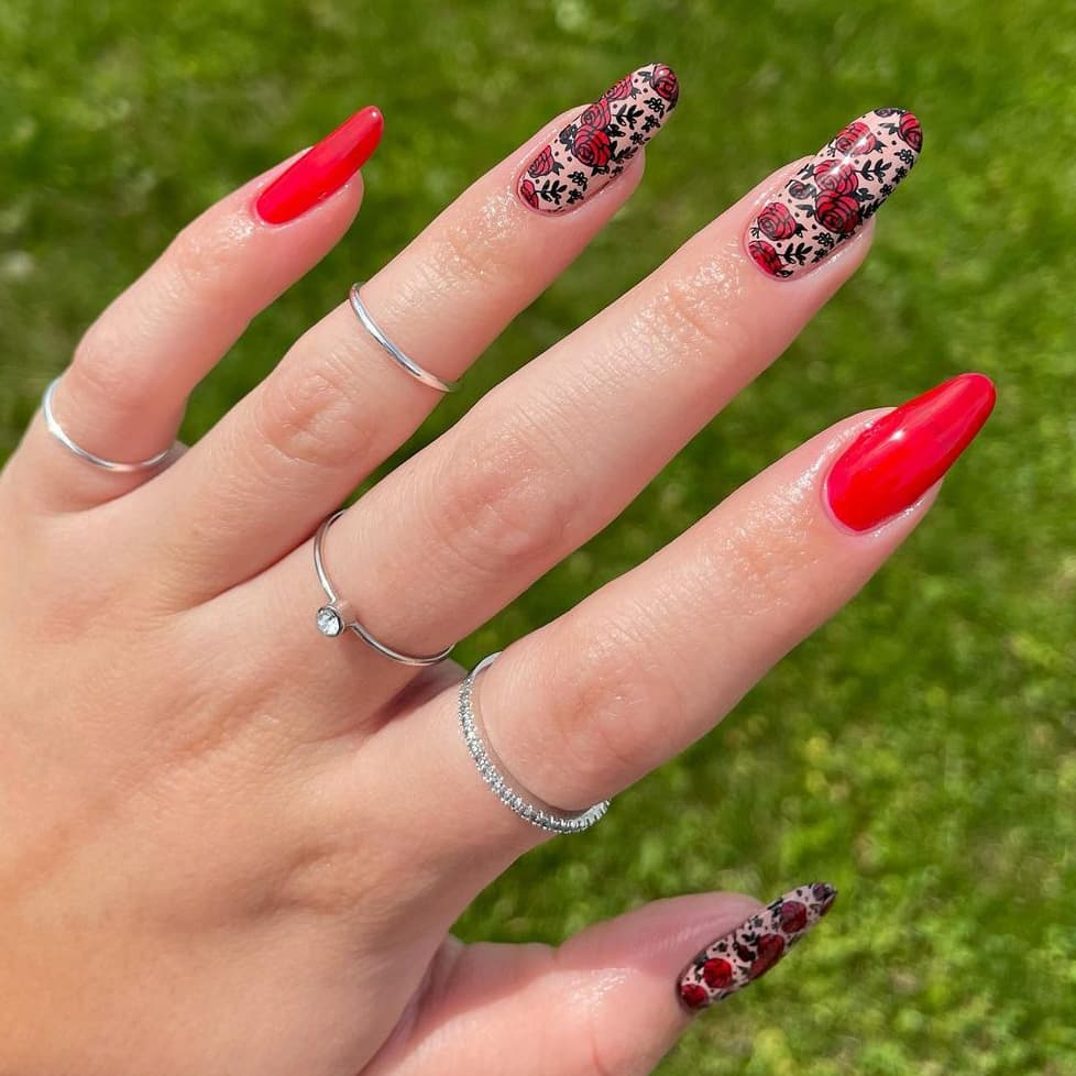 Red rose almond nails