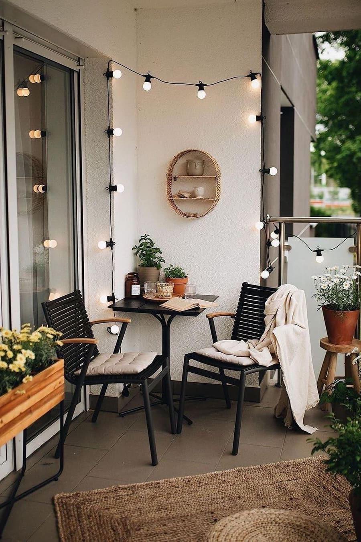 Small balcony corner decor