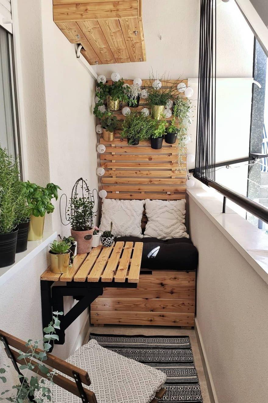 Very small balcony decor