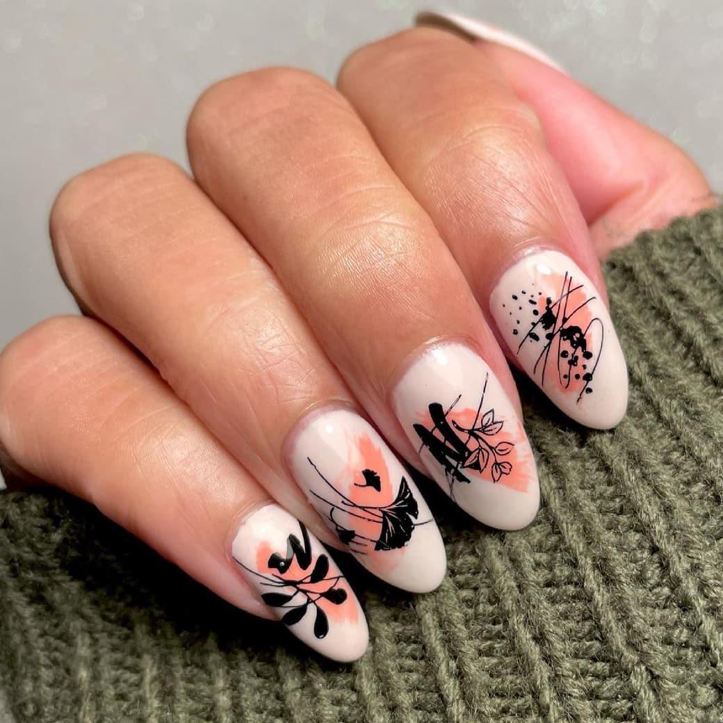 Abstract autumn nails