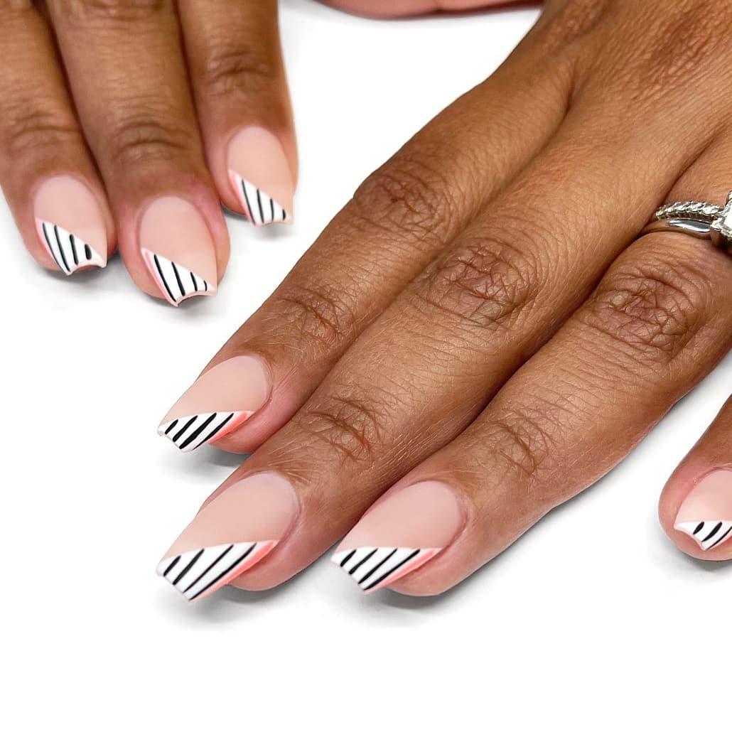 Black and white nail tips