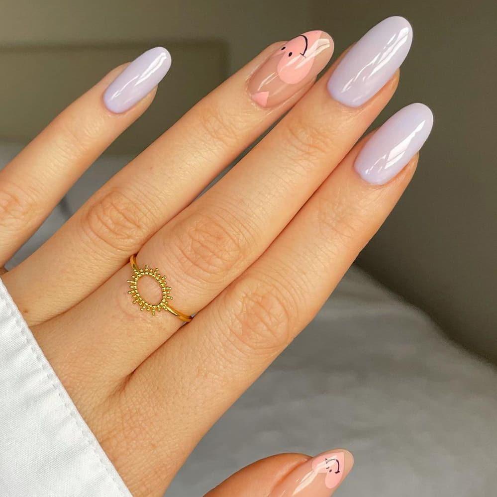 Creamy white autumn nails